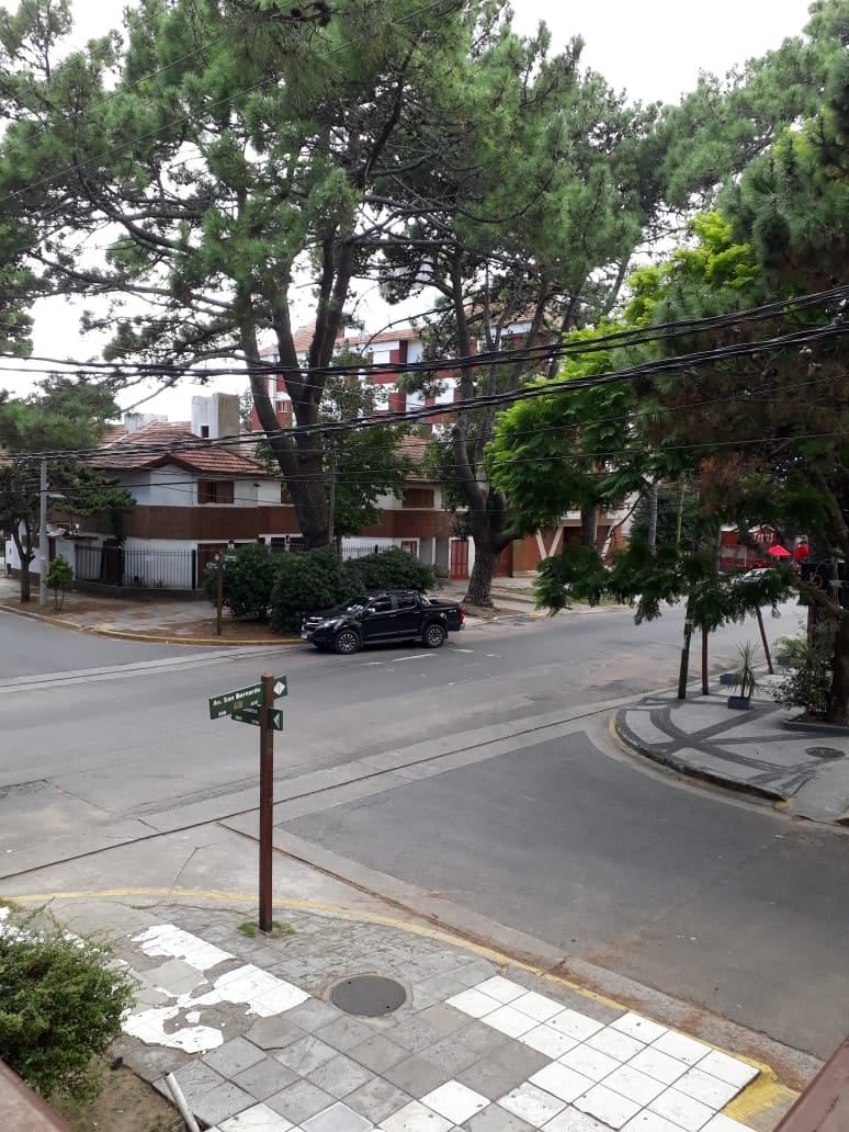 SAN BERNARDO – DEPARTAMENTO 3 AMBIENTES EN PLENO CENTRO!! GAS NATURAL
