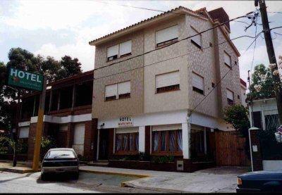 SAN BERNARDO – REGIO HOTEL A 2 CUADRAS DEL MAR – TOTALMENTE EQUIPADO Y FUNCIONANDO!!