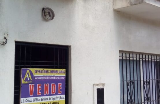 OPORTUNIDAD!!! DUPLEX  A LA CALLE EN ZONA MUY BONITA DE SAN BERNARDO